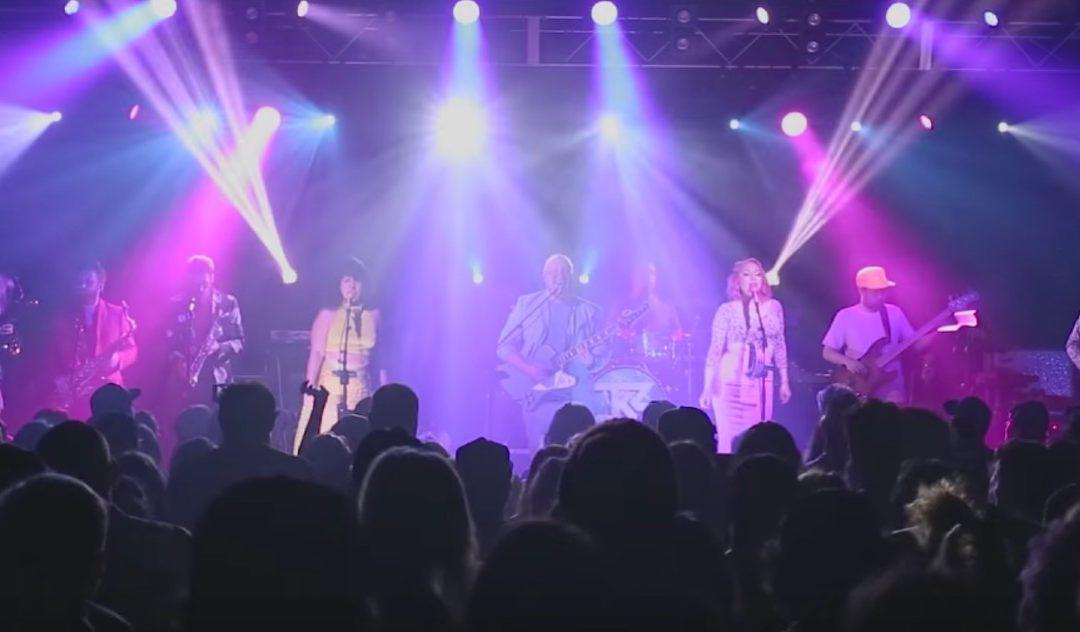 Turkuaz Performs 'Electric Habitat' In Burlington